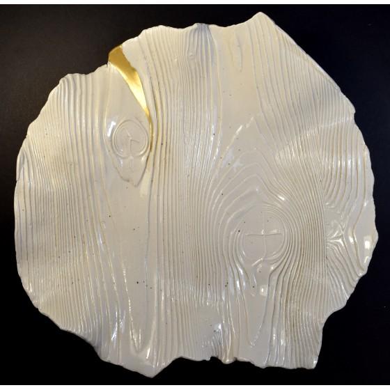 Porcelain kintsugi plate